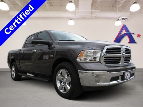 Certified Pre-Owned 2017 Ram 1500 Lone Star RWD 4D Crew Cab