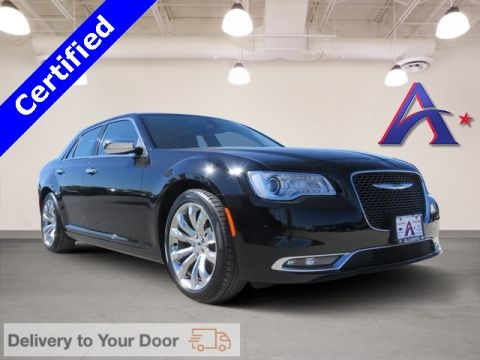 Certified Pre-Owned 2017 Chrysler 300C Base RWD 4D Sedan